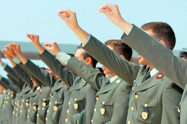 2 - 20 Μαΐου τα δικαιολογητικά για τις προκαταρκτικές εξετάσεις των στρατιωτικών σχολών