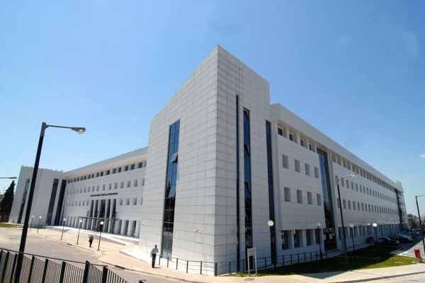 Το υπουργείο παιδείας επιμένει στην εκλογή των αντιπρυτάνεων